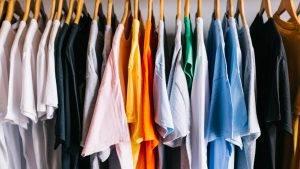 10 עיצובי החולצות מודפסות הכי מפורסמות בעולם