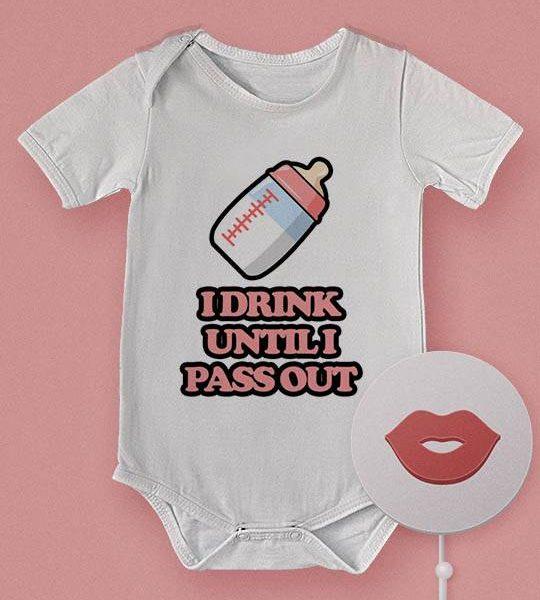 """בגד תינוק מצחיק """"Pass Out"""""""