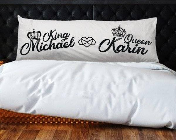 """כרית למיטה זוגית """"Royalty"""""""