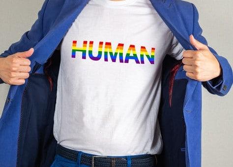 הדפסה על חולצות גאווה