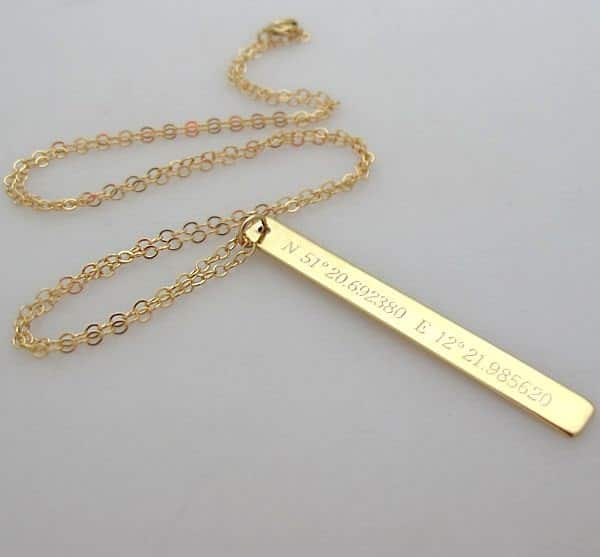 """שרשרת זהב """"לינדה"""" עם הקדשה"""