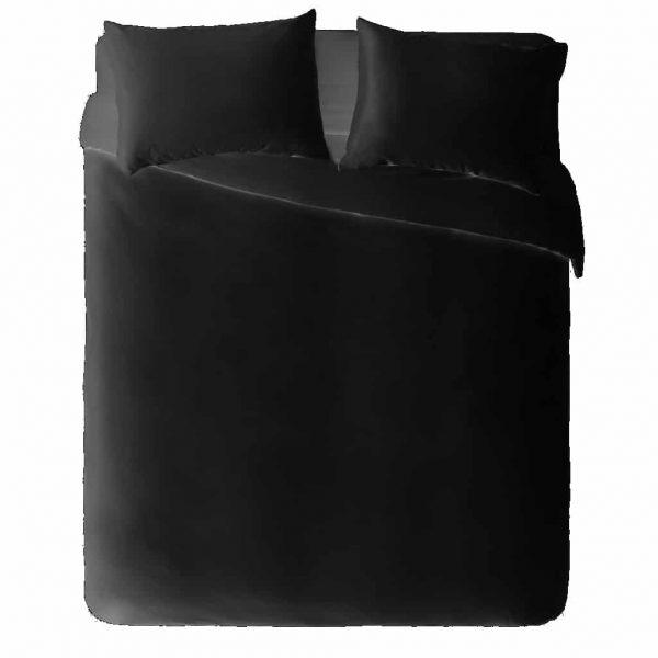 מצעים זוגיים בצבע שחור עם 4 תמונות והקדשות על הציפה והכריות