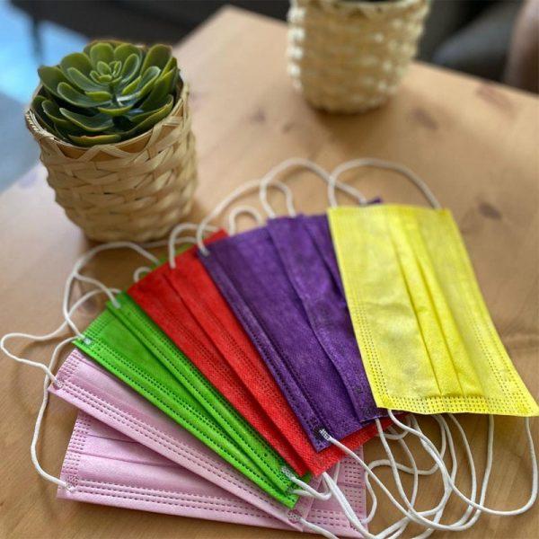 10 מסכות כירורגיות במגוון צבעים