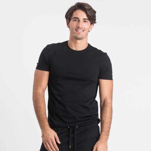חולצת בייסיק גברים קצרה בצבע שחור [ מותג – Hanes ]
